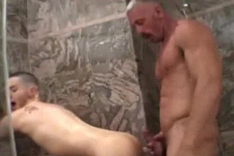 Muscle daddy nails His lad