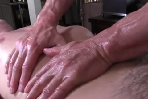 GayRoom daddy masseur rubs and probes palpitating 10-Pounder youngster - painfully sex clip - Tube8.com