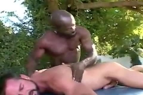 Interracial Massage outside