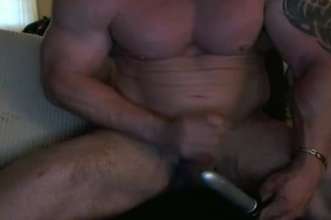 Straight Bodybuilder sextoy & Phone Sex