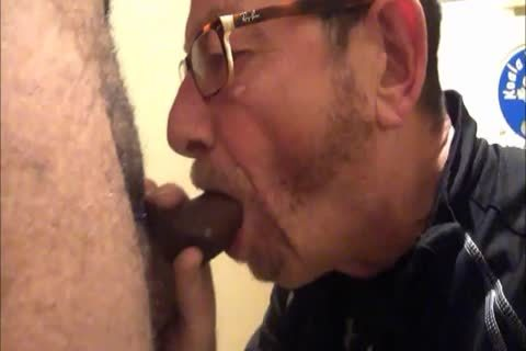Daddy Meets A delightsome 18yo Bull On CraigsList.  They Meet In The Hotel's baths Where Daddy Sucks Then acquires nailed.  Finishes Off His Hung playgirl Swallowing His palatable cum Then His lad Gives Daddy His last Treat By Pissing Down His f