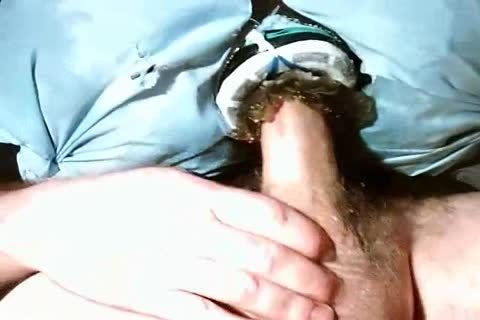 Pumping 10-Pounder Into An Artificial jack off toy Made Of A Gel-type Material