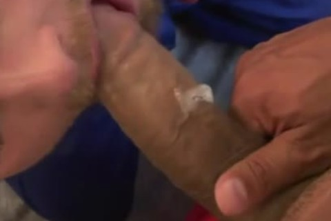 beefy pumped up homo acquires Throatfucked By nice-looking Hunk
