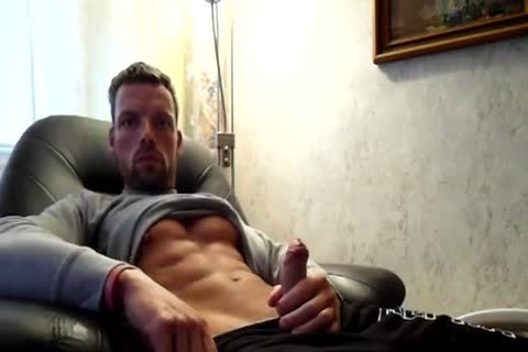 sleazy webcam man-  Hotguypics.ca