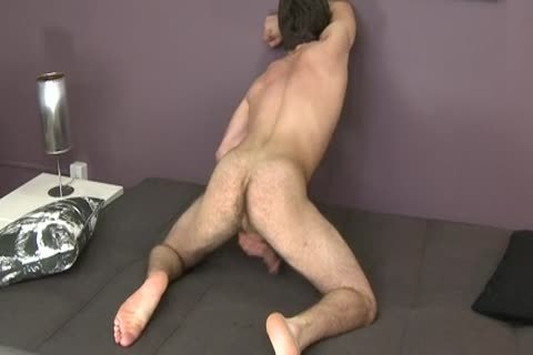 Justin Blakely Using dildo