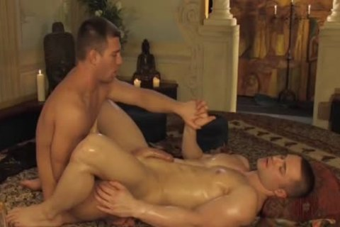 lad gets His butthole Fingered By Jacked playgirl