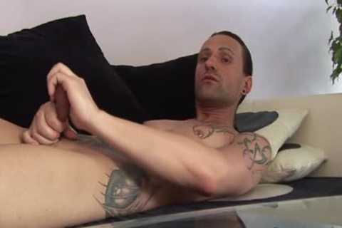 Jeff Paris Spends Some Quality Time Alone wanking His 10-Pounder