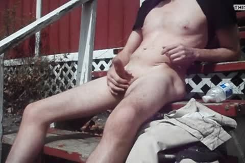 Outdoor enjoyment On Sunny Day, sperm discharged