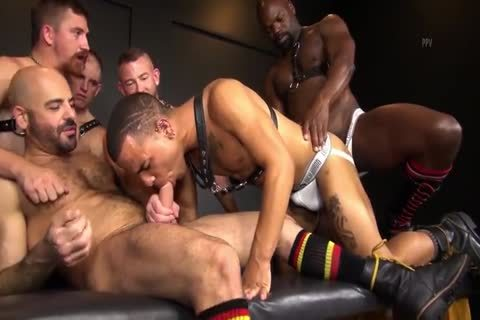 RR - delicious N bare Daddy bunch-sex!