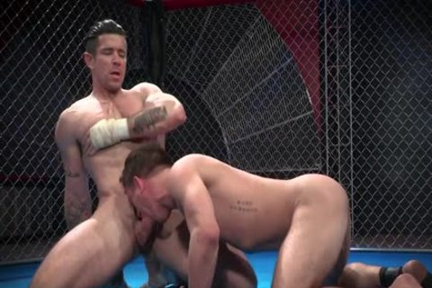 Wrestlers fuck In The Ring