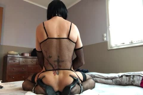Sissy Plays With Her pussy