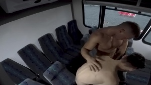 males In Public 28 - Bus plow - oral-job Hook up