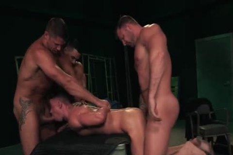 Austin Wolf, Arad Winwin, Tyler Roberts And Skyy Knox