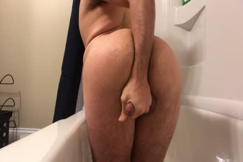 immodest hoe Fisting In The Tub