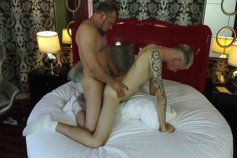 Robert Rexton gets plowed By Muscle Daddies Max Sargent & Chance Caldwell