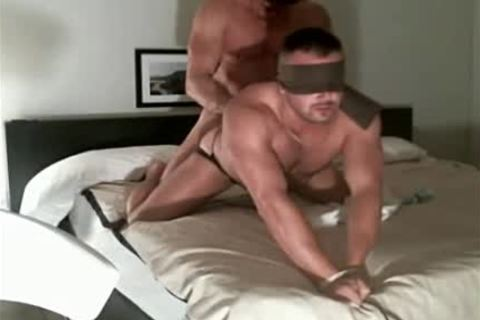 Sextape - bare poke Muscle master dong