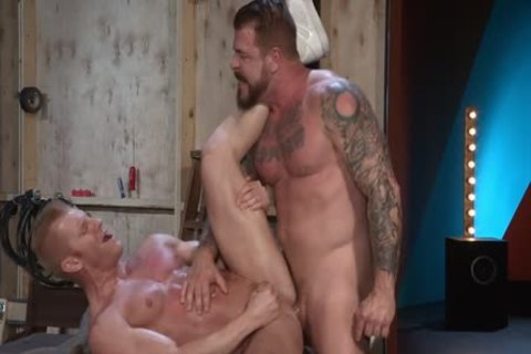 Johnny V Bottoms For Rocco Steele