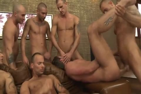 Toby Dutch acquires pounded In A Seven-dude bare gang plow