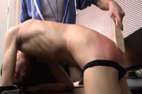 Spankings get The best Out Of Swimmers