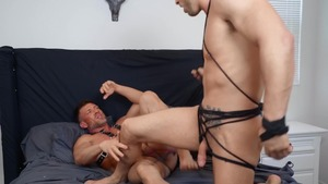 Why Knot: raw - Roman Todd and Bruce Beckham American Hump
