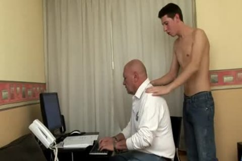 massive Dicked twink bonks daddy chubby grandpa