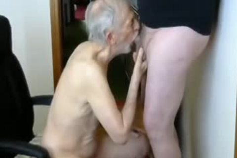 26margate Skinny daddy grandpa Is A Skilled dong-sucker dad