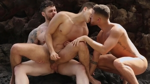 DrillMyHole.com: Angel Rivera & Matthew Camp threesome