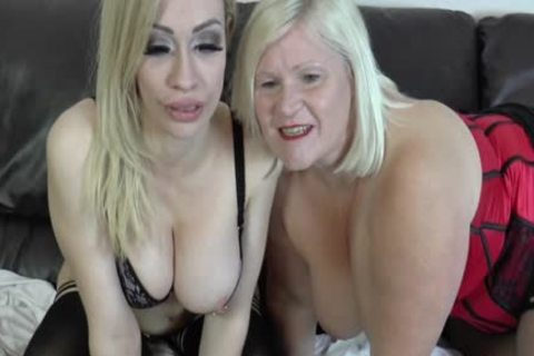 lesbo Gran Eats Out And toys pussy