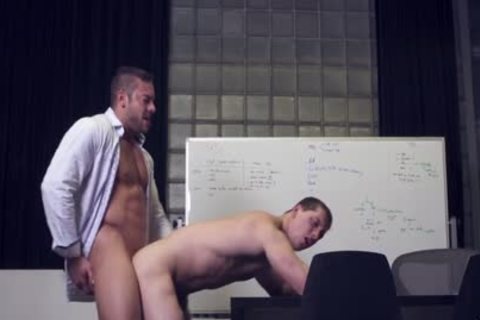 yummy gay Sex After encounter At The Office