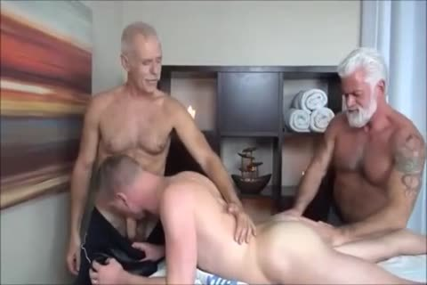 ALLEN & JAKE-TWO DADDIES MASSAGE