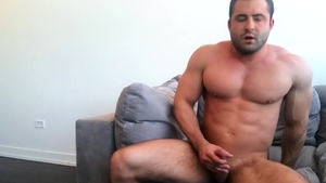 SeanCody.com: Black haired Reese wants nailing