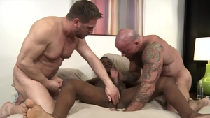Extra Big Dicks - Pheonix Fellington and Sean Duran rimming