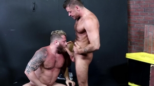 MenOver30.com - Hairy Riley Mitchel rough ass pounded