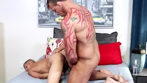 MenOver30: Juan Carlos pounded by huge cock Tristan Brazer